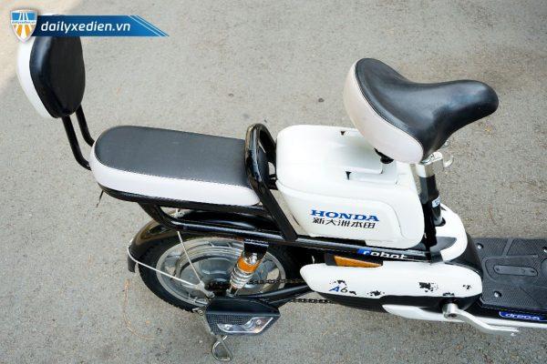 xe dap dien honda a6 new 15 11 600x400 - Xe đạp điện Honda A6 mẫu mới Robot