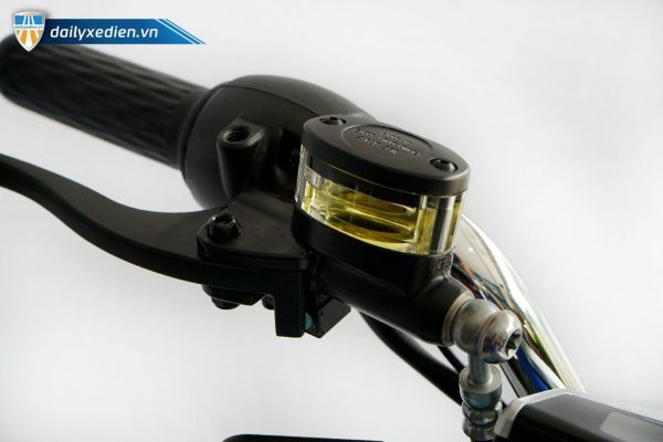 xe may dien yadea ct 14 600x400 - Xe máy điện Yadea E3