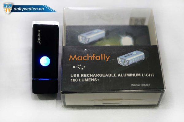Den xe dap Machfally ct 06 600x400 - Đèn sạc xe đạp Machfally
